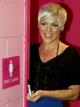 pinkbathroom3