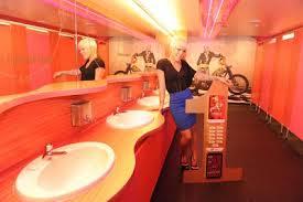 pinkbathroom9